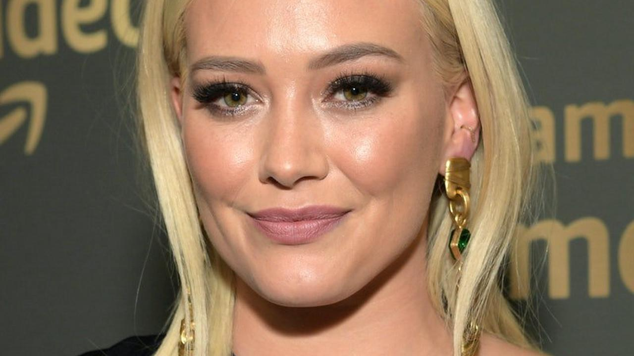 Welp, Hilary Duff Accidentally Dyed Her Hair Green