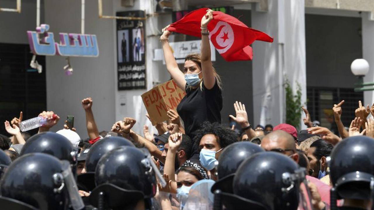 Präsident in Tunesien entlässt nach Protesten Regierungschef