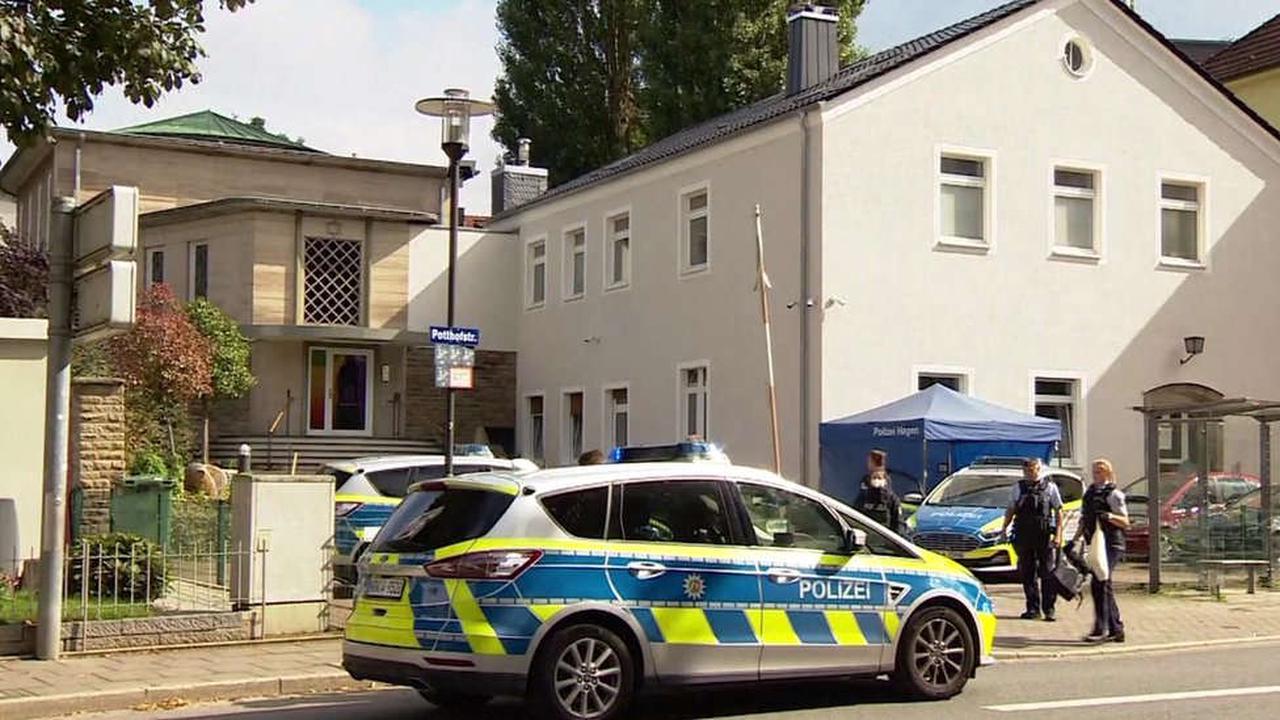 Germany arrests four over foiled synagogue attack