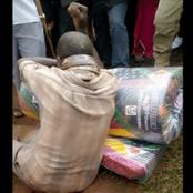 Ouganda: un homme arrêté par un serpent après avoir volé un matelas