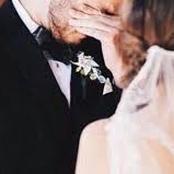 قصة.. وجدت العروس زوجها يبكي ليلة زفافهم وعندما عرفت السبب قتلته فورا