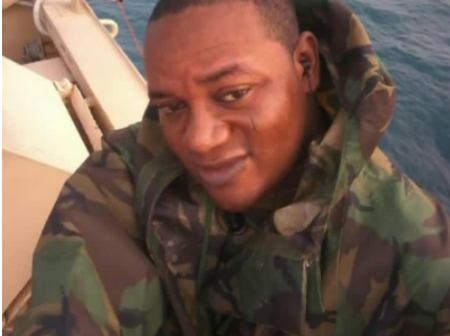 After this Naval officer was kidnapped, see what he did to his abductors and escaped.
