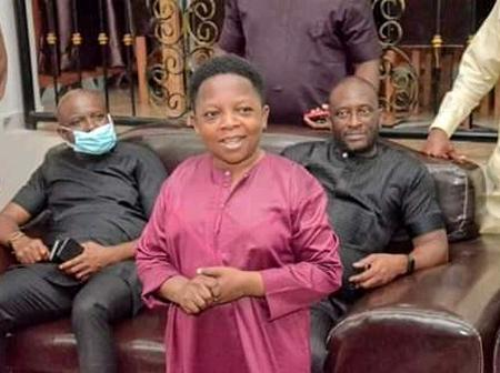 Chinedu Ikedieze Looks Cute In Photos As He Meets With Abia's HA Speaker, Orji