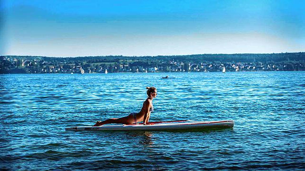 Weltrekord für Yoga auf Stand-up-Paddles auf dem Bodensee verpasst