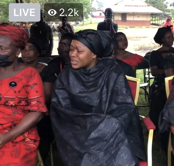 d64ef456f7446112ab84f7712a3a0e26?quality=uhq&resize=720 - Exclusive Photos; Kofi B's Daughter And Wife Soaked In Tears After His Coffin Was Opened