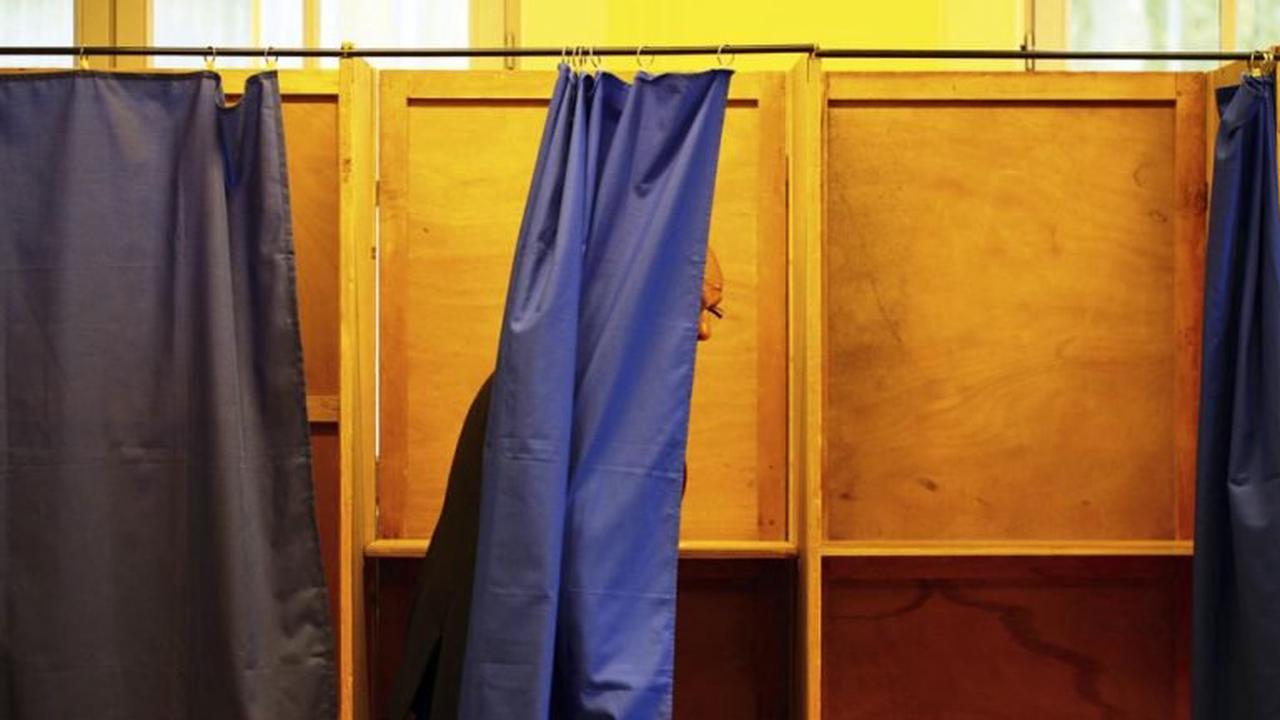 Quinze grands électeurs pour les élections sénatoriales