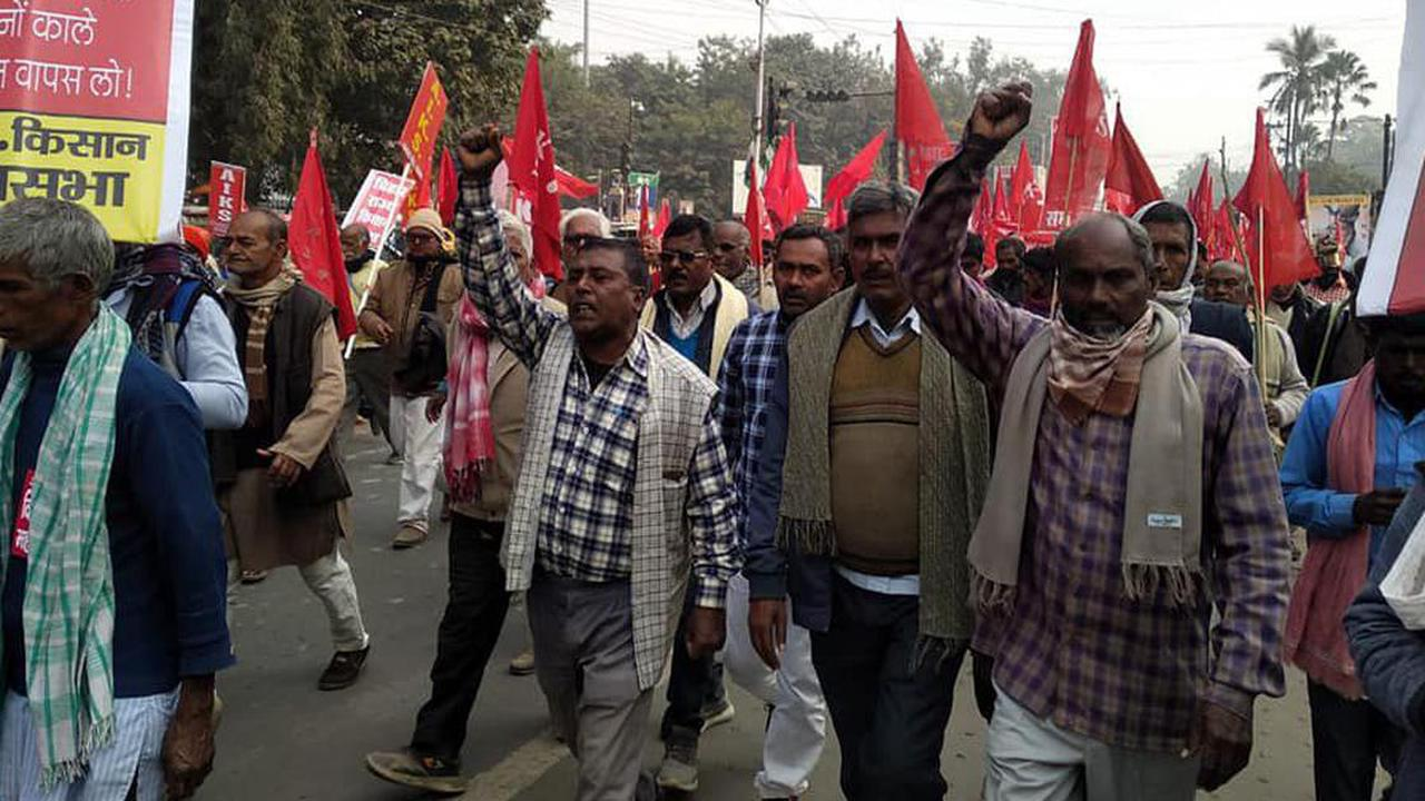 Farm law protests: Thousands march to Raj Bhawan in Patna, demand scrapping of legislations