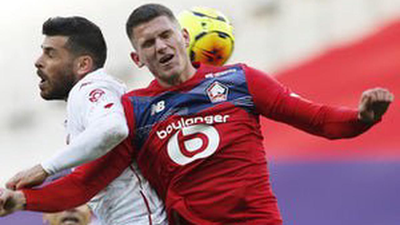 Manchester United considering summer move for Sven Botman?