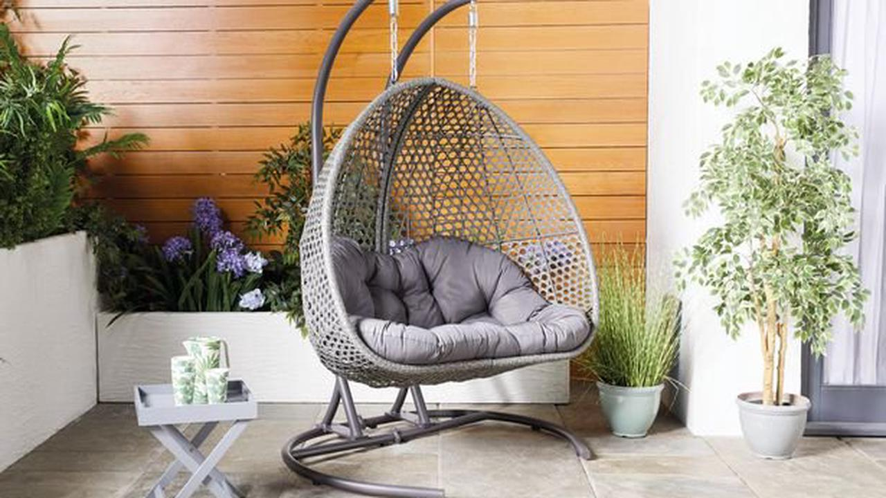 The date Aldi is set to bring back hugely popular Specialbuy hanging egg chair
