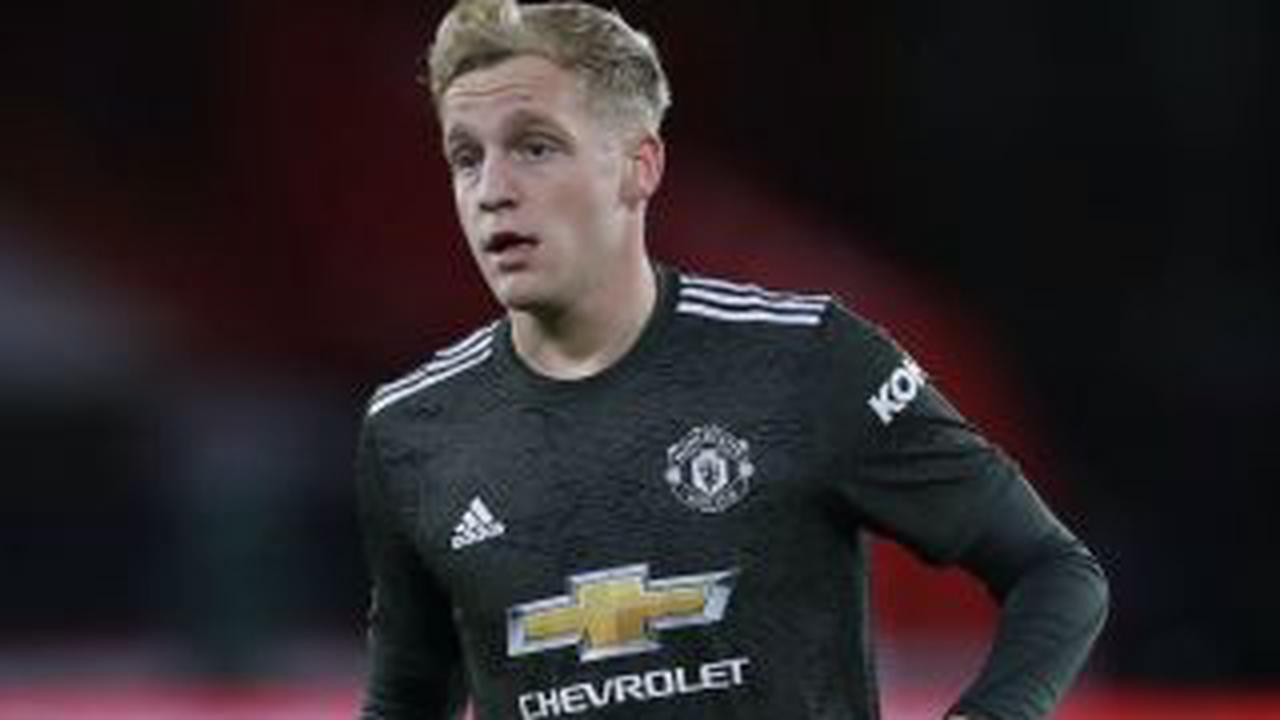 PHOTO: Man United fans will LOVE Donny van de Beek's latest purchase