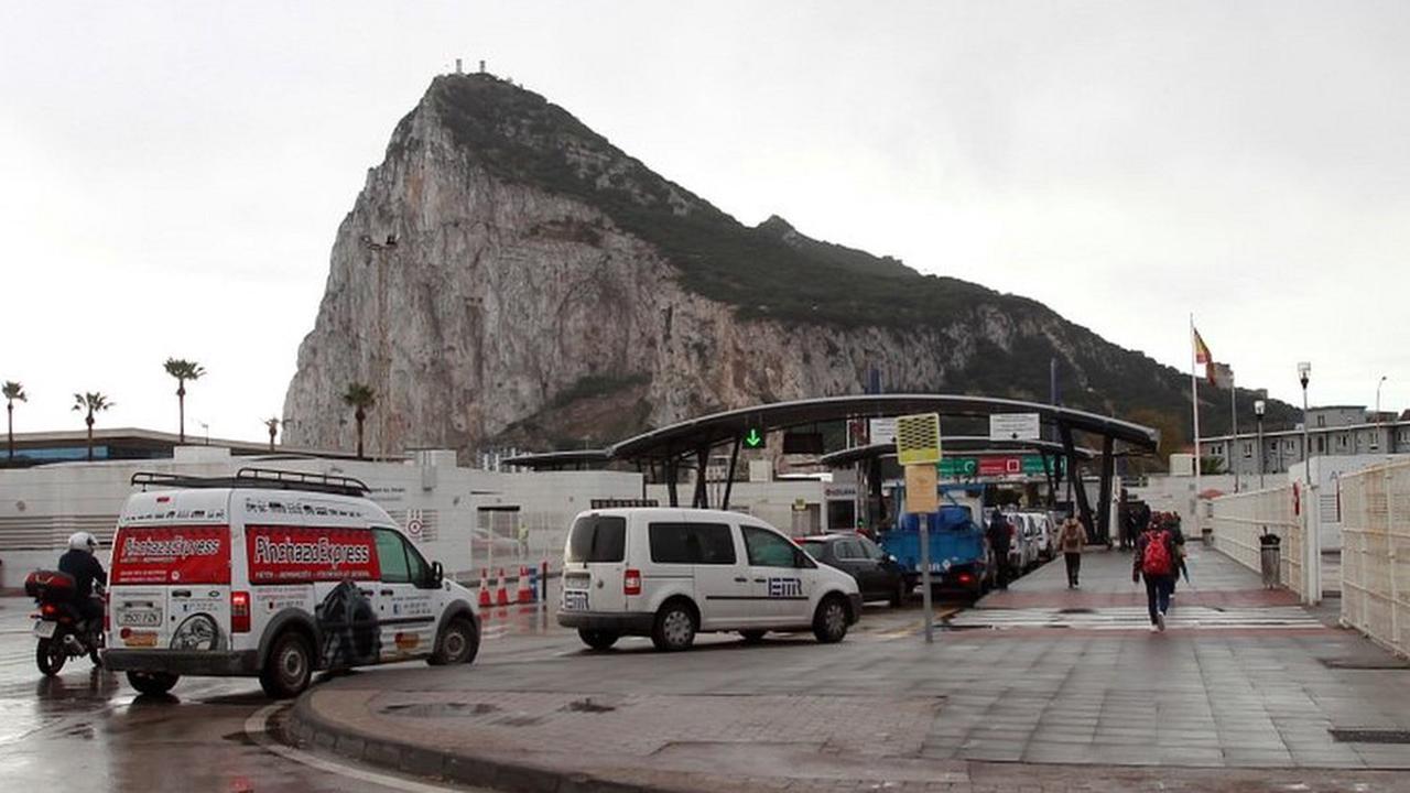 Brexit: Gibraltar gets UK-Spain deal to keep open border