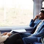 قصة..جلس داخل القطار بجوار امرأة تحمل رضيعها وفجأة استأذنت المرأة للذهاب إلى الحمام لتفعل أمر صادم