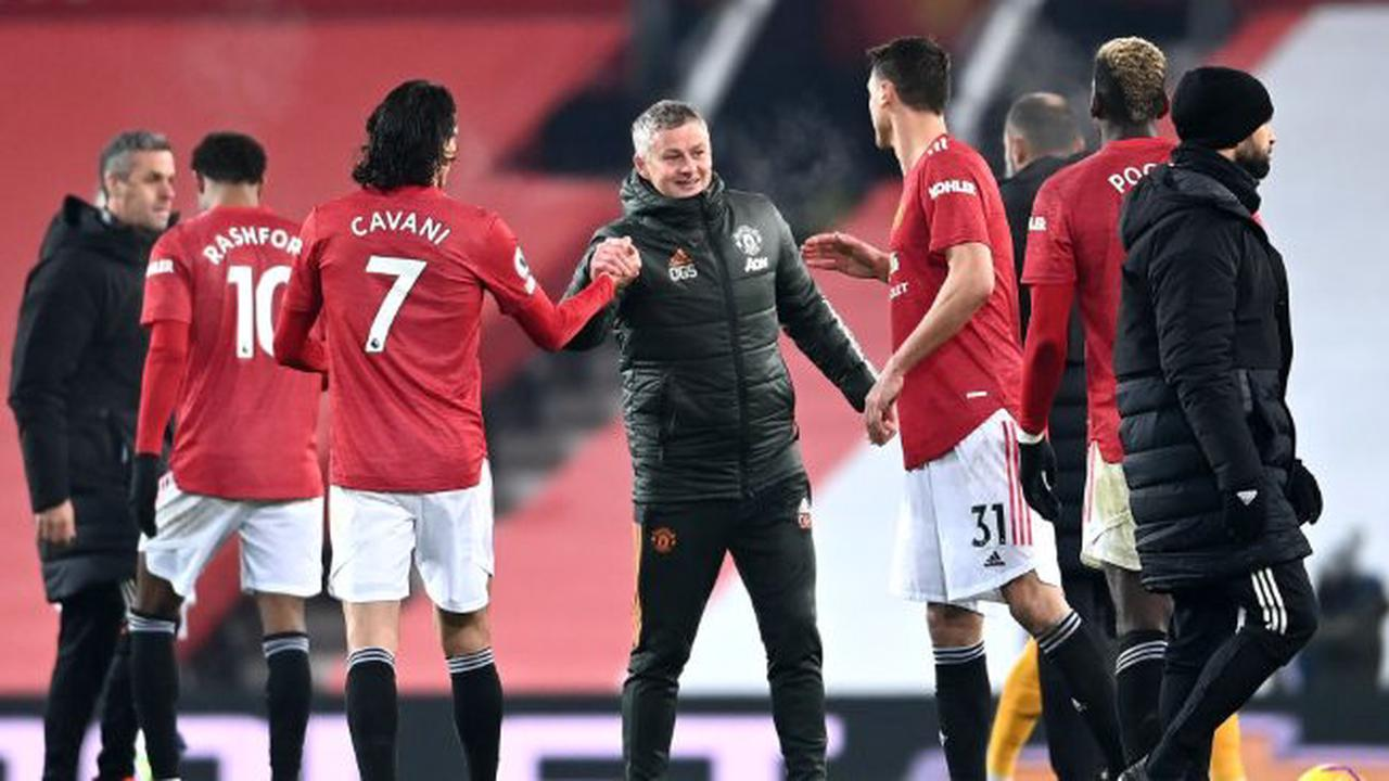 Solskjaer reveals first thing Cavani told him after joining Manchester United