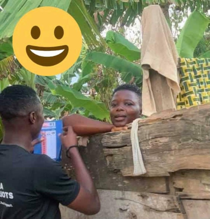 d83c3a784b06ace99796752e6336802c?quality=uhq&resize=720 - Trending Photo: NPP Sympathiser Trying To Convince A Lady In A Bathroom To Vote Nana Addo Goes Viral