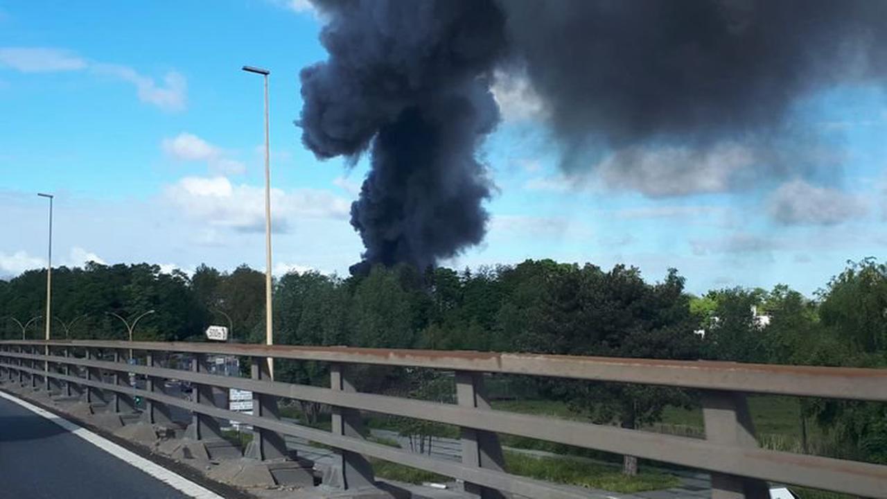 Val-d'Oise : important incendie dans une usine classée Seveso à Bezons