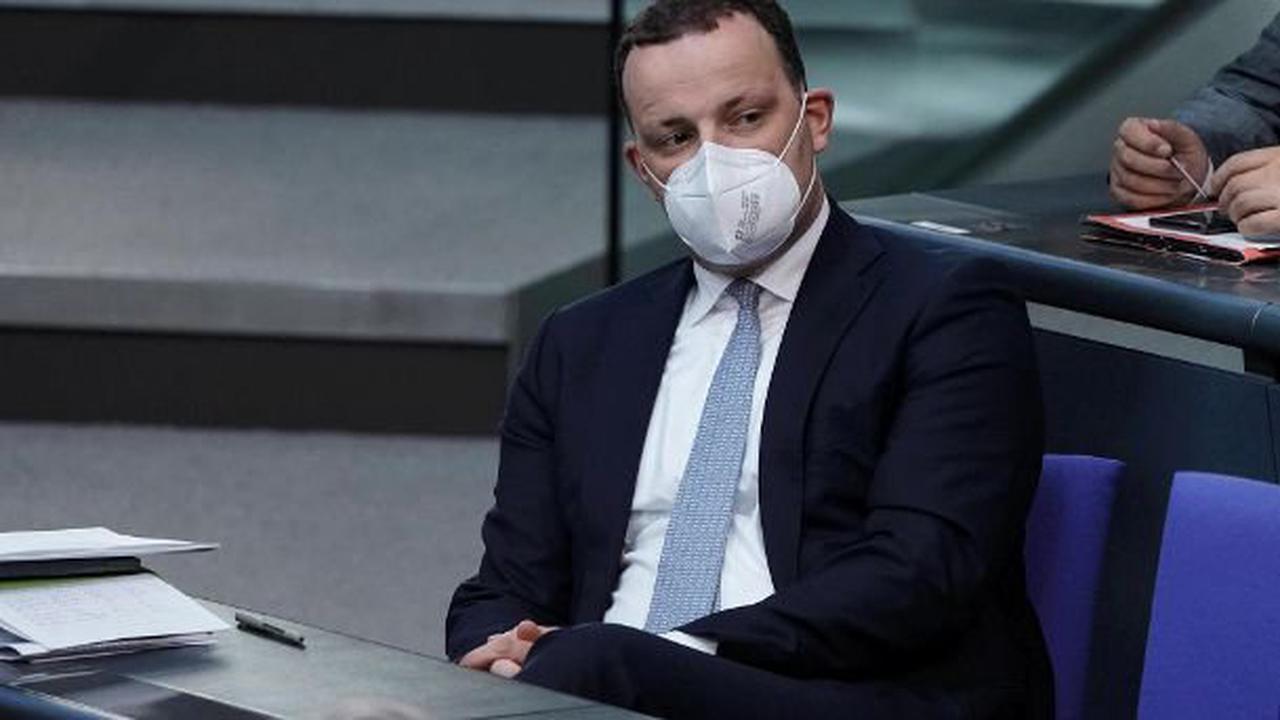 Fragwürdiges Angebot: Spahn wollte Masken-Freigabe wohl mit politischen Tricks erreichen