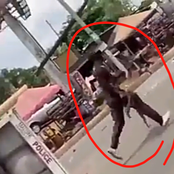 Danger As Thugs Appear With AK-47 To Fight Soldiers In Enugu, Get Hailed By Onlookers (Video)