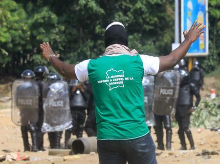Dégradation sociopolitique en Côte d'Ivoire : une ONG belge demande le report de la présidentielle