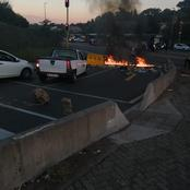 Students barricaded roads with burning tyres and Bricks as Wits strike continues