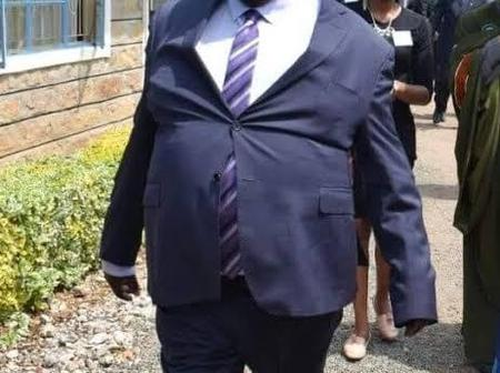 [PHOTOS] Kenyan Governor Who Doesn't Care About His Dressing?