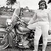 Meet First Woman To Ride Motorcycle