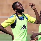 Kaizer Chiefs update: Buhle Mkhwanazi is waiting to sign for Chiefs.
