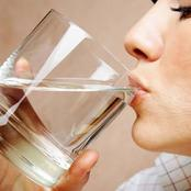 Benefits of drinking water in an empty stomach, early in the morning