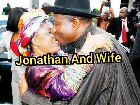 Romance In Politics, See Photos Of Tinubu And Other Top Politicians Kissing Their Wife Passionately