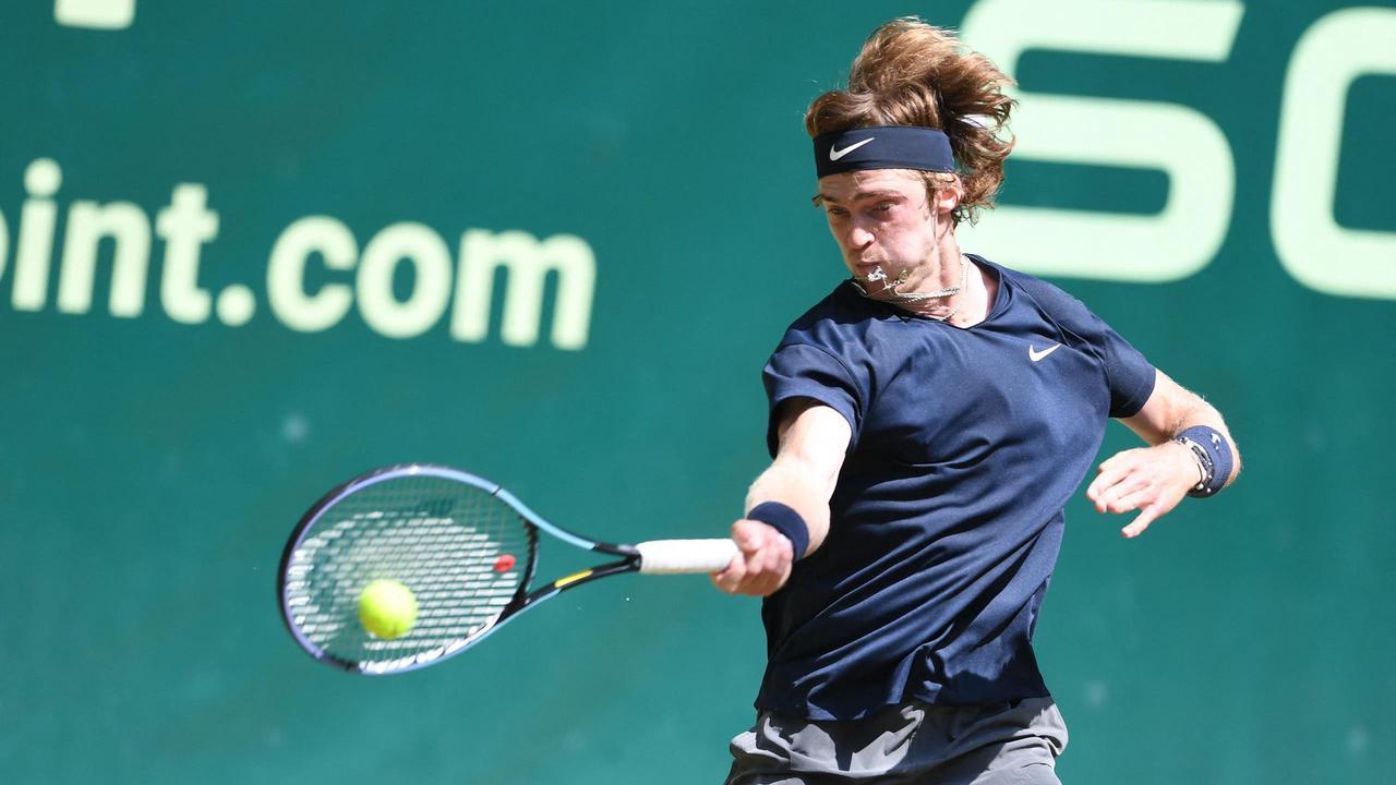 ATP Halle : Rublev domine Kohlschreiber (7-6, 6-2) et se qualifie pour les demi-finales