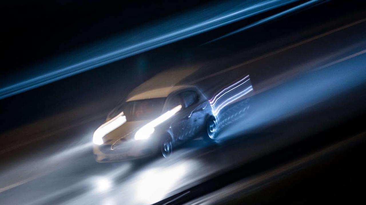 B9: Über 5 Promille! Polizei zieht BMW-Fahrer aus dem Verkehr