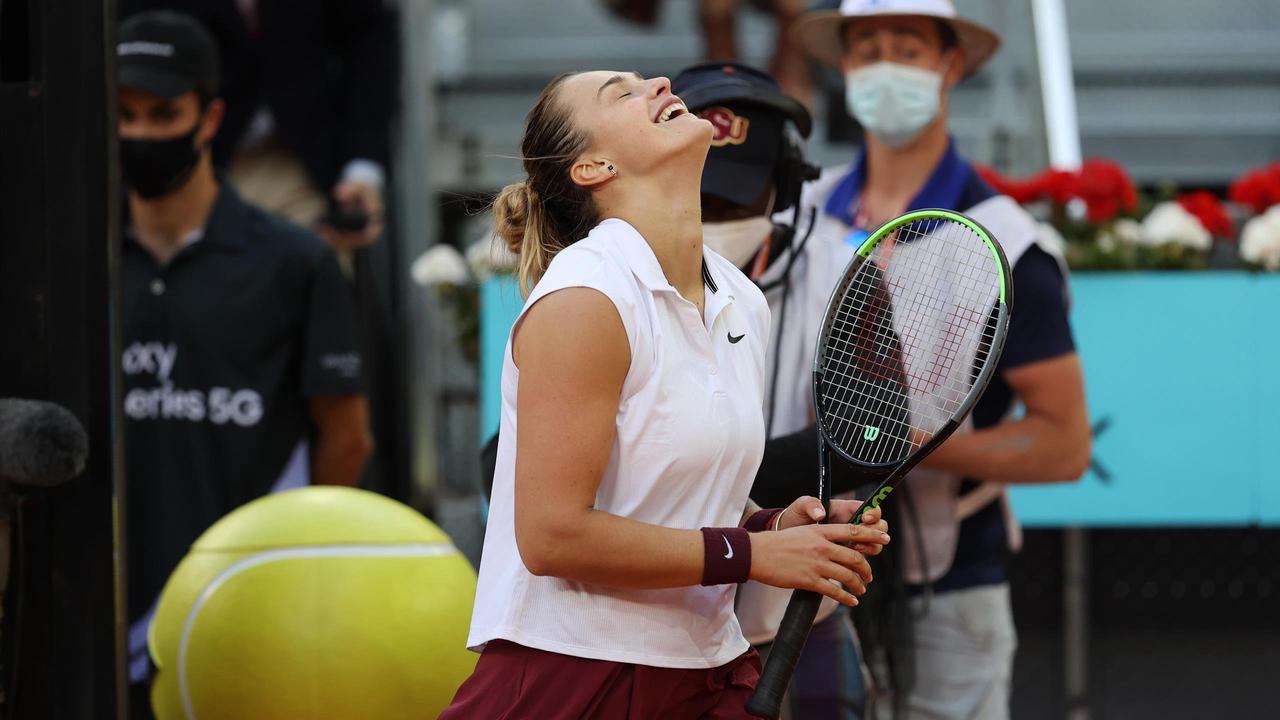 Aryna Sabalenka titrée à Madrid en battant Ashleigh Barty en finale : 6-0, 3-6, 6-4