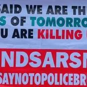 Lagos Policemen Pounced On PUNCH Journalists for Covering #ENDSARS Protest Brutality.