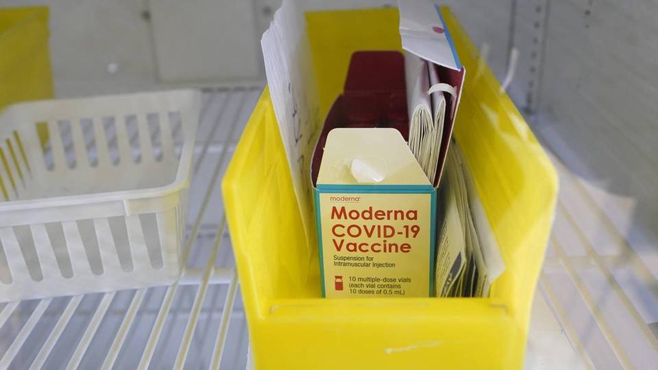 Les premières injections de Moderna en pharmacie le 28 mai