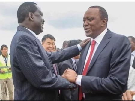 Raila Allegedly Holds Crisis Meeting with Uhuru To Iron Out Differences Amid Collapse of Handshake