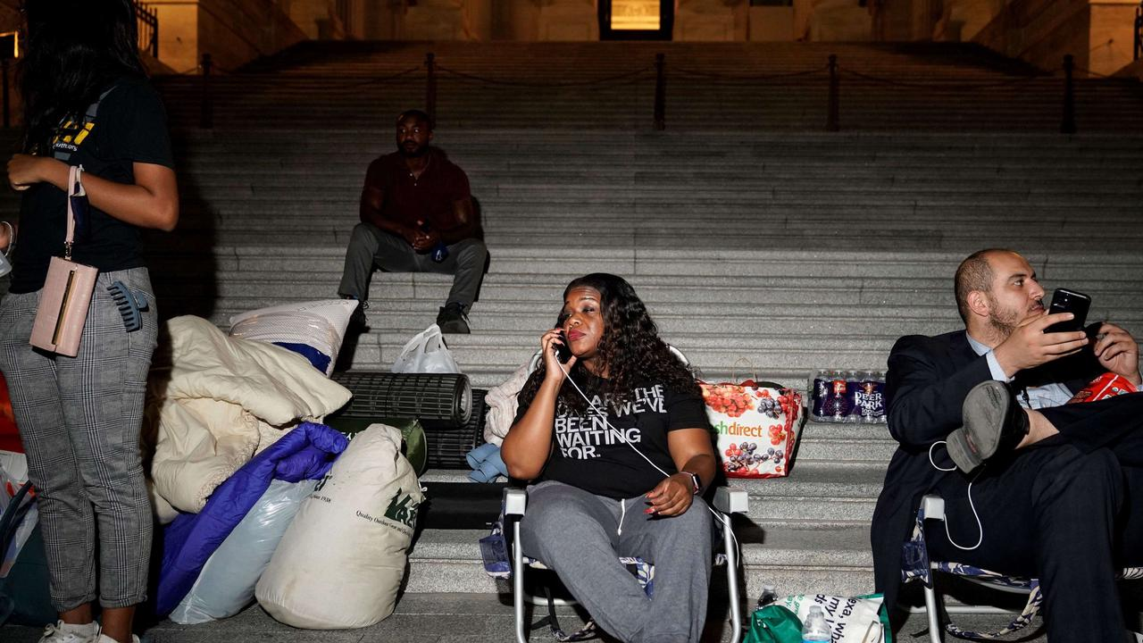 U.S. lawmaker, squad members spend night outside Capitol to protest return of evictions and vow to return Saturday night