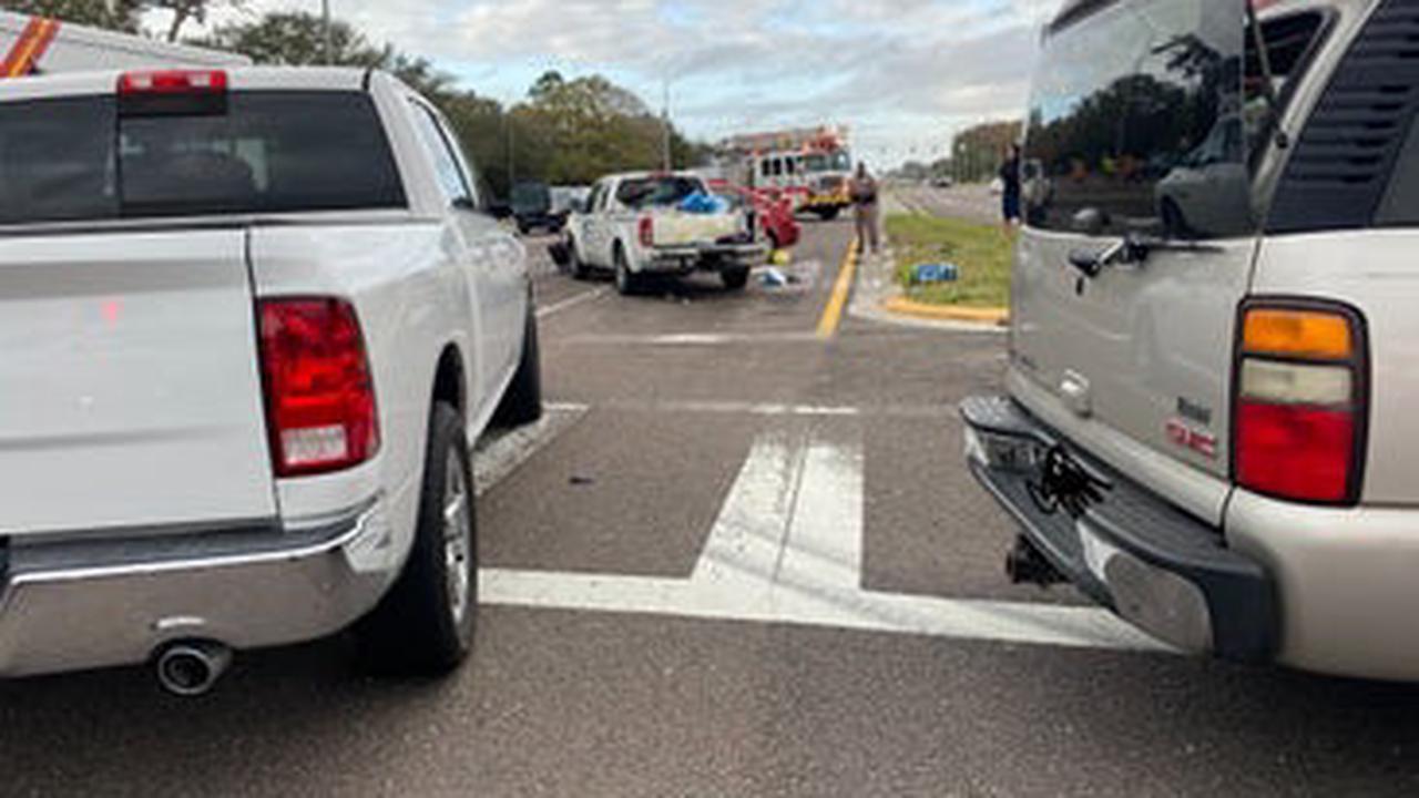Palm Harbor Accident Injures 3, Spills Chlorine On U.S. 19
