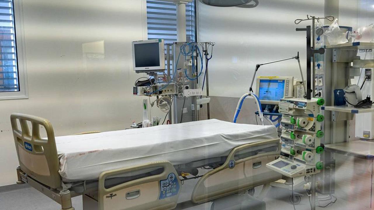 Coronavirus en Paca: L'ARS lance un appel aux volontaires, soignants résidents ou vacanciers, à venir renforcer les hôpitaux