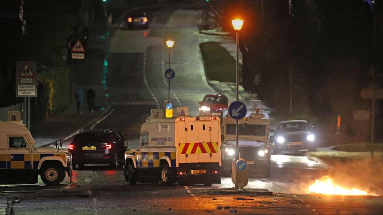 Petrol bombs thrown as fresh violence flares in Belfast