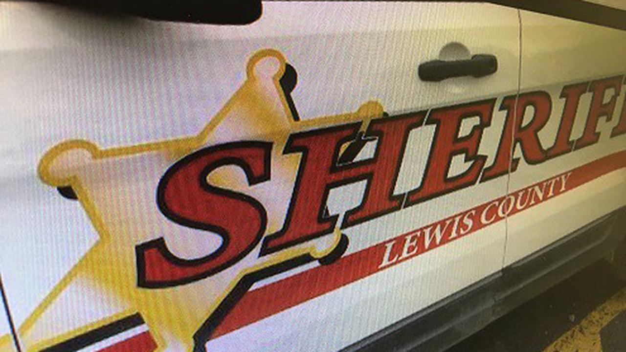 Man dies after crashing snowmobile into tree in Lewis County