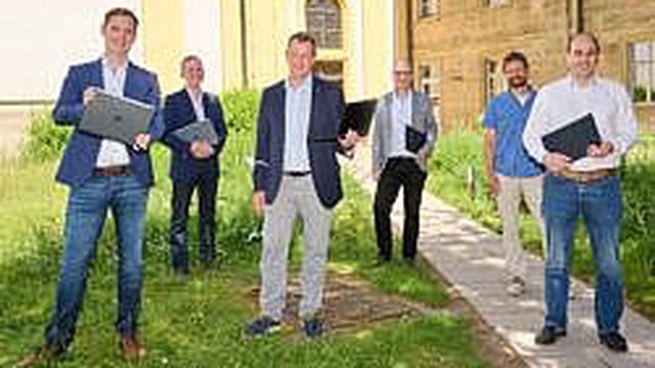 Bamberg: Laptops für benachteiligte Familien und die Musikschule - Bamberger Firma spendet 80 Geräte