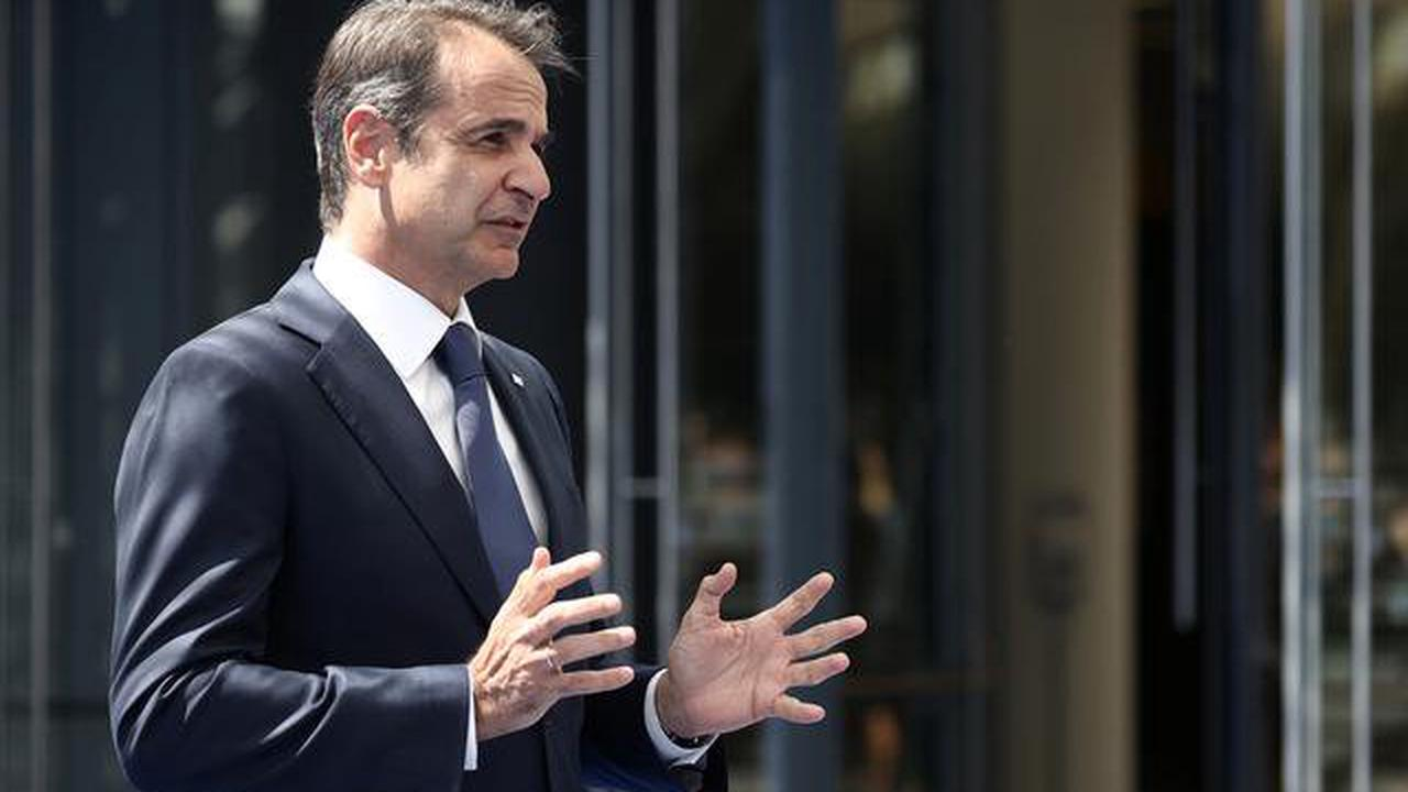 Greek PM says he is cautiously optimistic on 2021 tourism revenues target