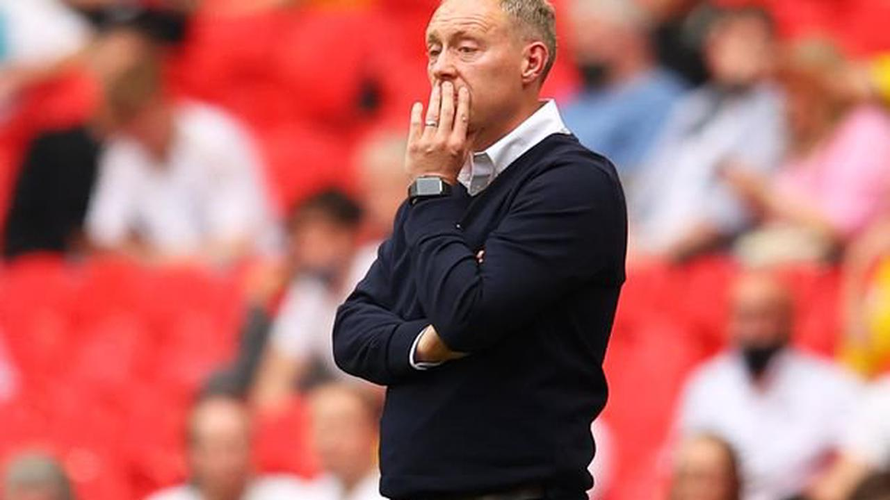 'Must be told something different' Simon Jordan's blunt view of Nottingham Forest's Steve Cooper appointment as ex-ref slams Ryan Manning incident