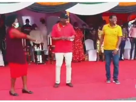 TaitaTaveta Governor Excites Crowd After He Showed His Dancing Prowess On Stage