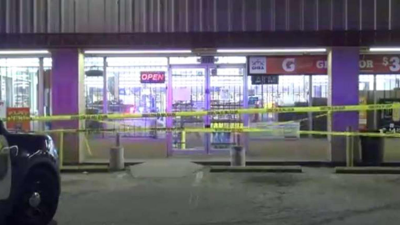 Man wounded in Lamont shooting