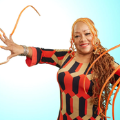 Woman Cuts Off The Longest Nails In The World After 3 decades