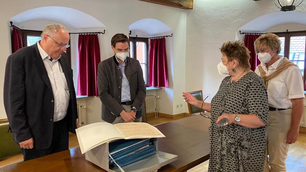 Weiden – Besuch Dr. Oetzinger im Kultursaal