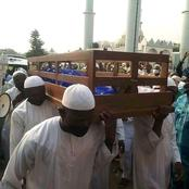 See What Was Used To Carry The Body Of Former Minister That Died Today