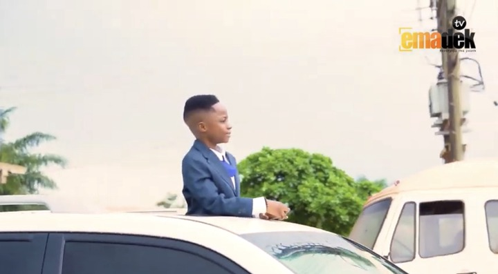 e14e116fb4584ea08db1587c6254c863?quality=uhq&resize=720 - Talented Kidz Akwadaa Nyame Storms His Hometown In V8 As He Visits The Chief Of Kokoben