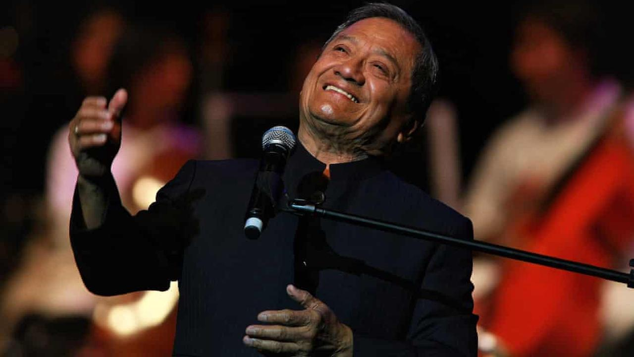 Armando Manzanero, acclaimed Mexican music star, dies aged 85 of Covid