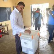 Législatives 2021/Dabakala :  Jean Louis Billon surpris dans les rangs des électeurs.